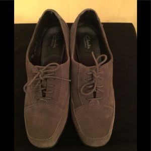 Clark's Bendables Gray Suede Shoes